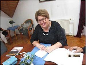 """Šarmantna ravnateljica OŠ """"Mihovič Naković"""", Agi Sarközi."""