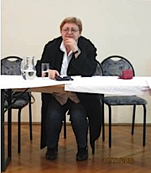 Božica Brkan-čeča, sluša gradišćanskohrvatsku glazbu